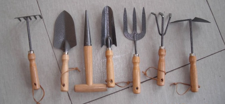 How to choose quality gardening tools?